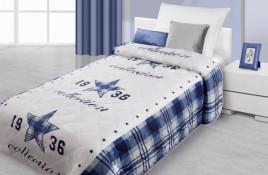 modro-bily-prehoz-na-postel-s-3d-motivem-modre-hvezdy